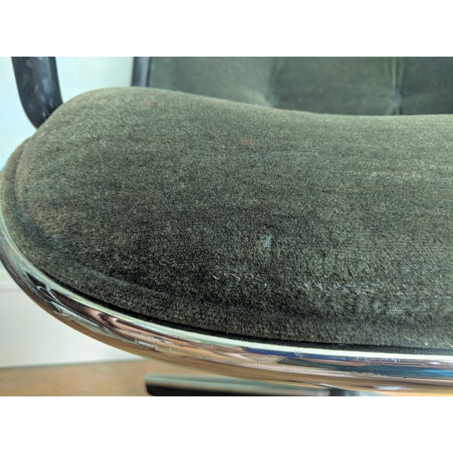 Vintage Knoll Pollock Green Mohair Velvet Executive Chairs - a Pair For Sale - Image 12 of 13