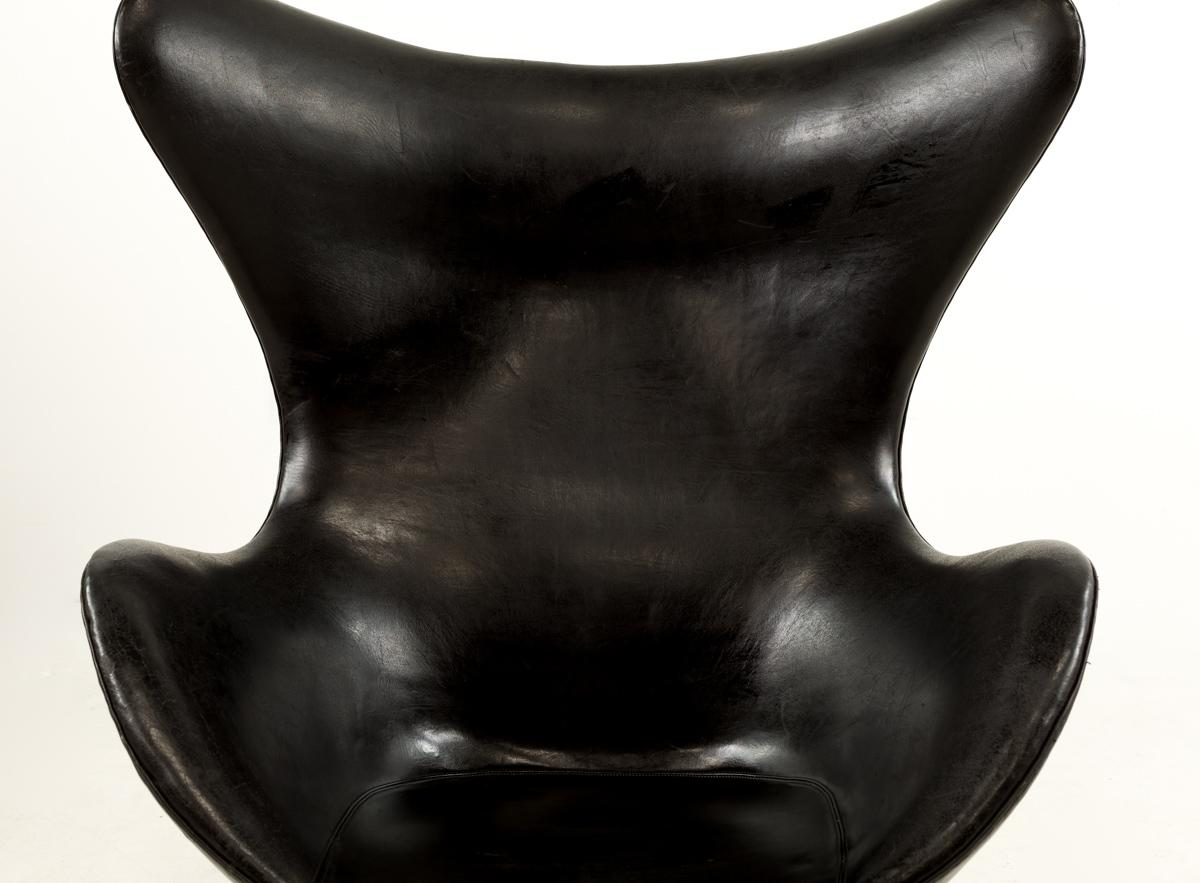 1960s Mid Century Modern Arne Jacobsen For Fritz Hansen Leather Egg Chair U0026  Ottoman