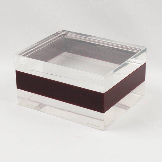 Acrylic Dunhill England 1970s Mid-Century Bi-Color Lucite Box For Sale - Image 7 of 9