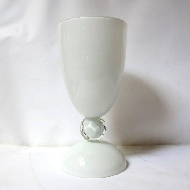 "White Murano glass urn or vase designed by Alberto Dona for Fabio Ltd, signed ""Alberto Dona' Murano"" on the base / Made in..."