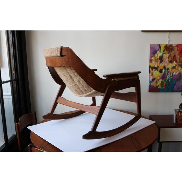 1970's Boho Jerry Johnson Sling Rocking Chair - Image 6 of 8