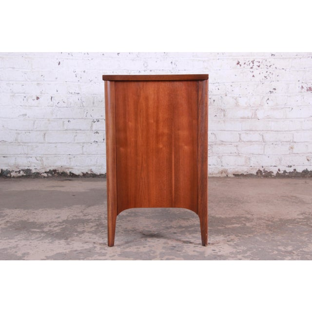 Kent Coffey Perspecta Sculpted Walnut and Rosewood Credenza For Sale - Image 10 of 11