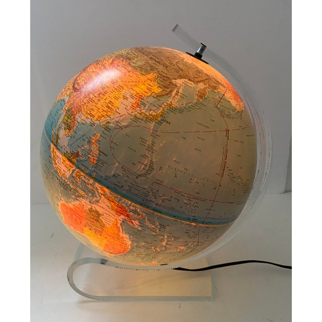 1980s Lucite Holder and Vintage 1987 Illuminated World Globe For Sale - Image 5 of 11
