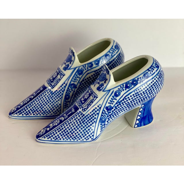 Vintage Chinoiserie Royal Blue Porcelain Shoes - a Pair For Sale In Detroit - Image 6 of 8