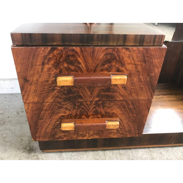 Donald Deskey American Art Deco Vanity / Dressing Table in the Manner of Donald Deskey For Sale - Image 4 of 10
