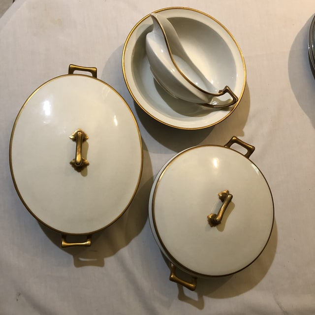 18th Century W. H. Grindley & Co Chine Marengo Pattern White Gold Trim Dinnerware - 83 Pieces For Sale - Image 9 of 13