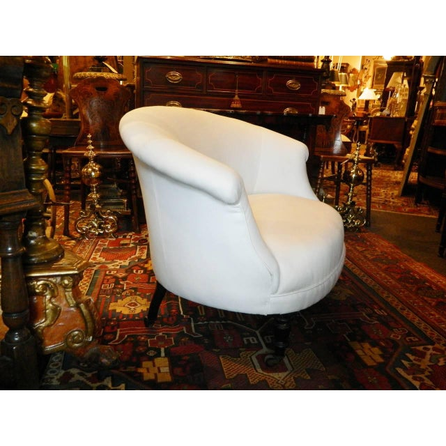 French Napoleon III Settee Raised on Turned Legs With Casters, Circa 1880 For Sale - Image 4 of 10