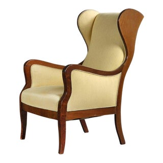 Fritz Henningsen Wingback Chair in Mahogany and Wool, Denmark 1940s For Sale
