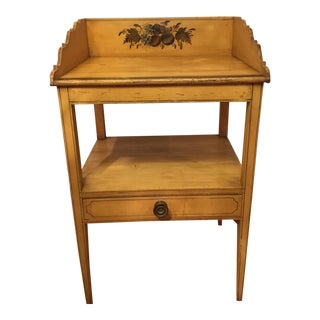 19th Century Early American Federal Painted Washstand For Sale