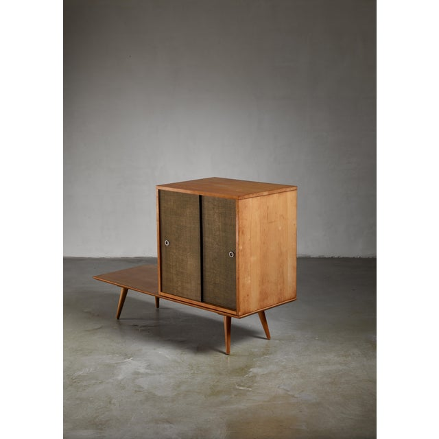 1950s Paul McCobb Planner Group Bench and Grass Cloth Sliding Door Unit For Sale - Image 5 of 6
