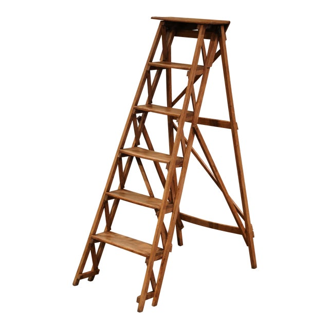 19th Century French Napoleon III Carved Walnut Folding Library Six-Step Ladder For Sale