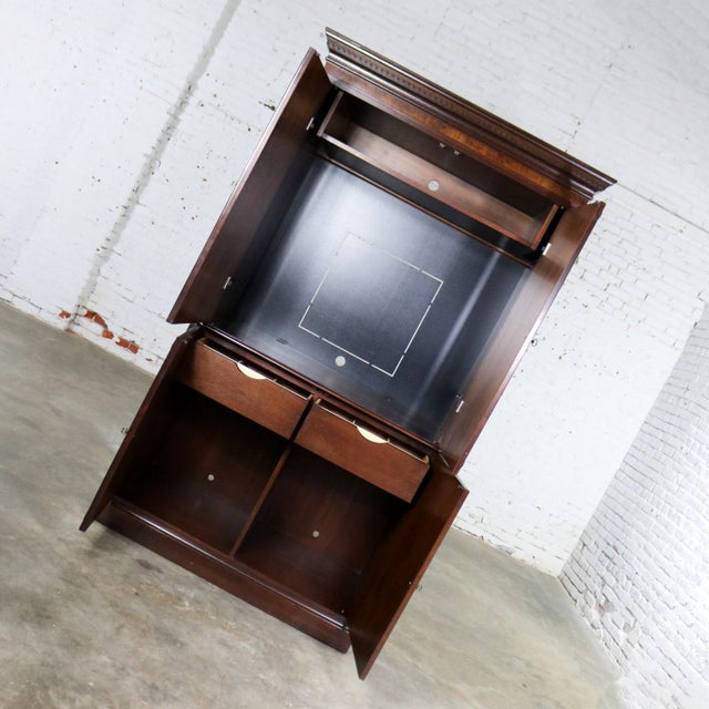 Georgian Style Large Mahogany Entertainment Armoire Wardrobe Cabinet by Hekman For Sale - Image 6 of 13
