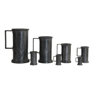 Early 18th Century Graduated Pewter Measuring Tankards, France - Set of 7 For Sale