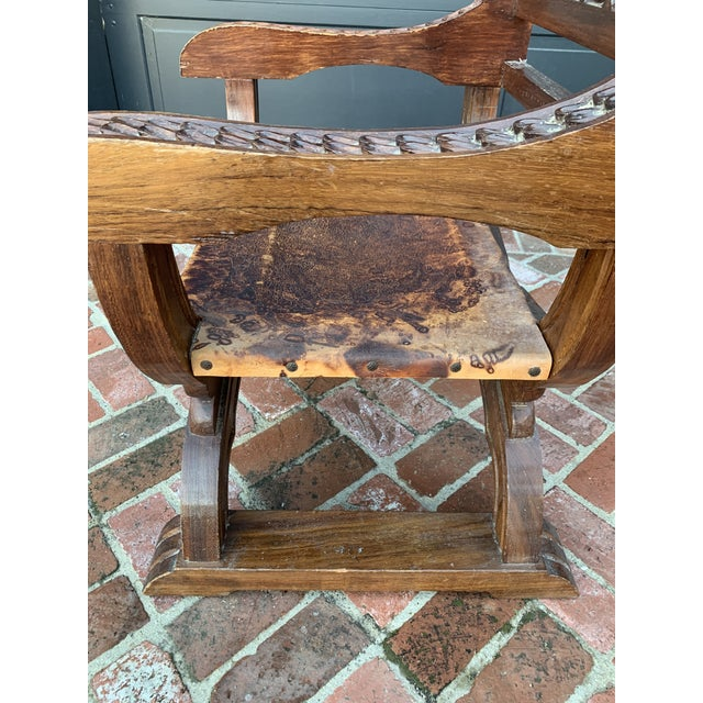 Renaissance Antique English Mahogony and Patina Leather Throne Chair For Sale - Image 3 of 10