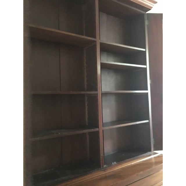 19th Century Traditional Mahogany Bookcase or China Cabinet For Sale - Image 10 of 11