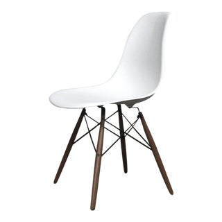 Modernica 'Case Study' Shell Dowel Side Chair For Sale