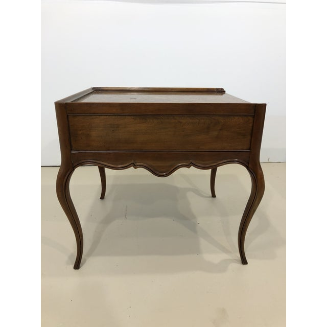 Traditional Vintage Baker Furniture Mahogany and Burl Wood Side Tables - Pair For Sale - Image 3 of 12