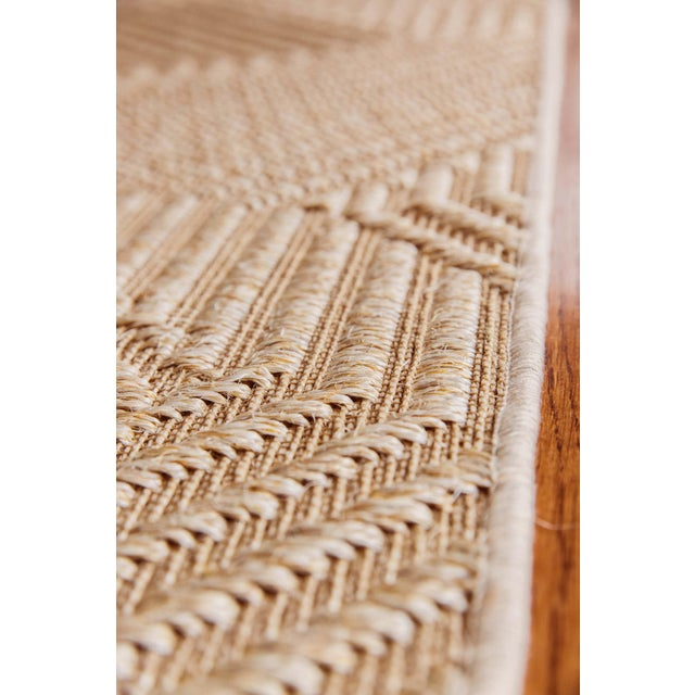 """Traditional Natural Rugs Jazz Straw 100% Sisal Rug- 2'6"""" x 9' For Sale - Image 3 of 4"""