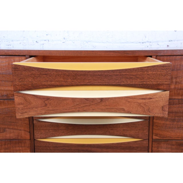 West Michigan Furniture Company Mid-Century Modern Walnut Triple Dresser or Credenza For Sale - Image 9 of 13