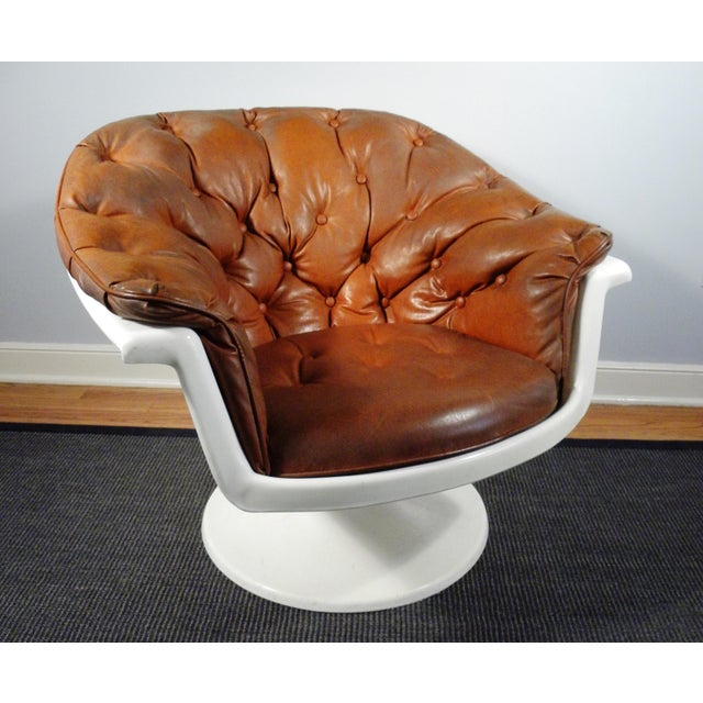Mid-Century Tufted Bucket Chair - Image 2 of 8