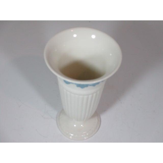 1980s Vintage Wedgwood Queens Ware Vase For Sale - Image 5 of 7