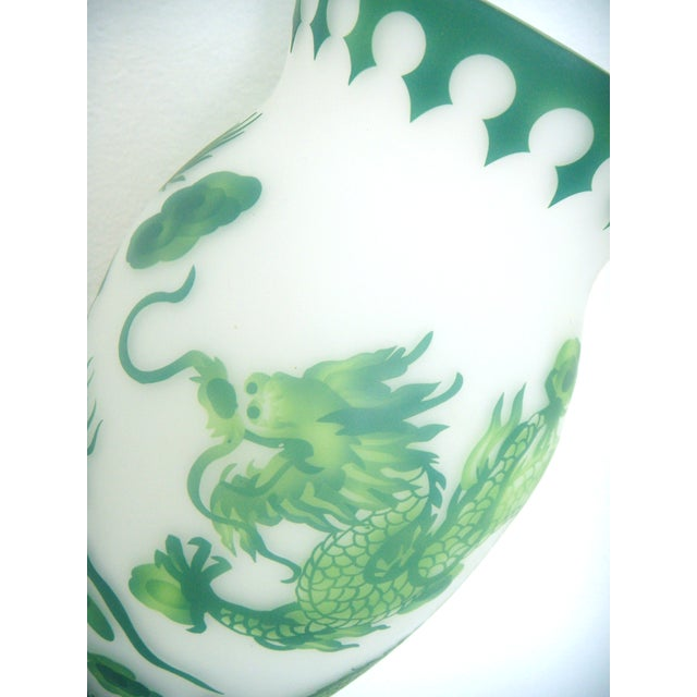 Vintage Asian Green & White Dragon Vase on Stand - Image 6 of 7