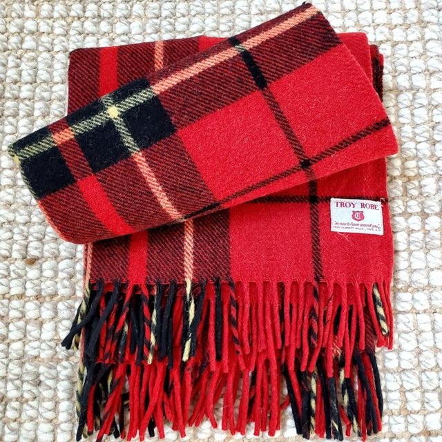 Troy Robe Tartan Plaid Throw Blanket For Sale In Dallas - Image 6 of 6