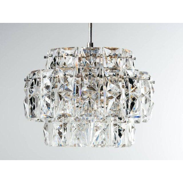 Hollywood Regency German Mid-Century Modern Faceted Crystal Chandelier by Kinkeldey For Sale - Image 3 of 11