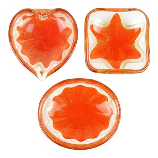 Salviati Murano 1950s Orange Gold Fleck Star Heart Italian Art Glass Mid Century Ring Bowls - a Set For Sale