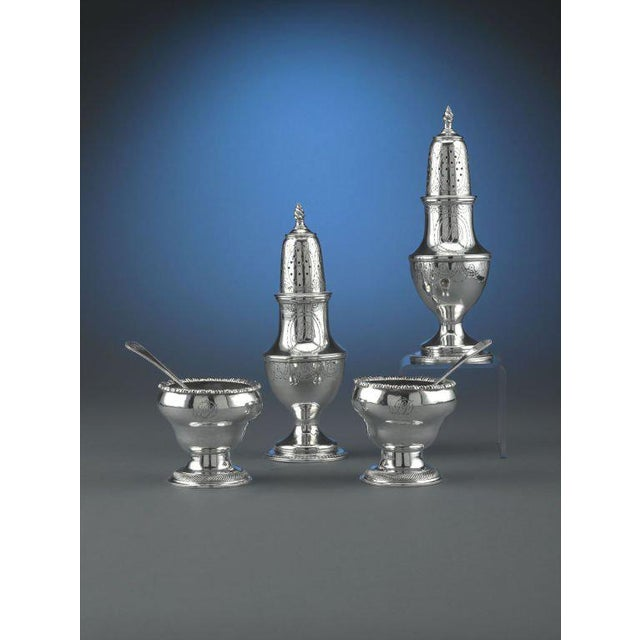 Early American Silver Salt and Pepper Service Set of 4 For Sale In New Orleans - Image 6 of 7