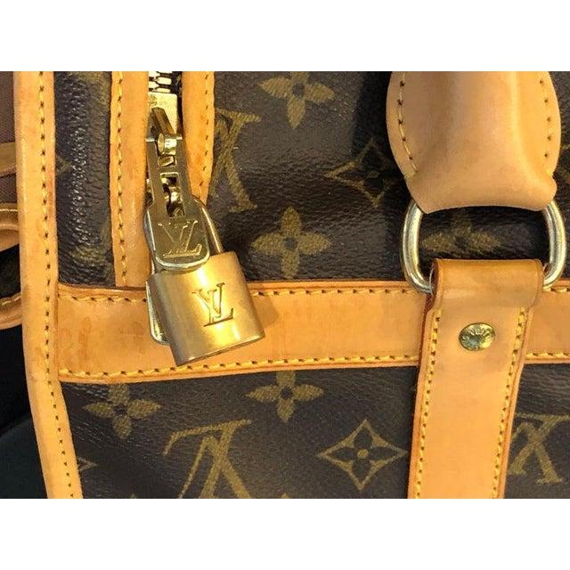 Louis Vuitton Louis Vuitton 40 Monogram Canvas Luggage Bag For Sale - Image 4 of 12