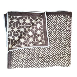Contemporary King Safed Tara Grey Brown Cotton Quilt For Sale