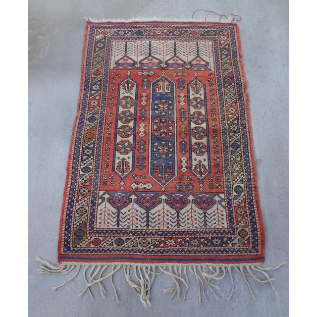 """Vintage Handwoven Peach & Blue Rug - 4'10"""" x 3'2"""" - Image 5 of 7"""