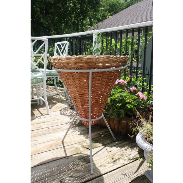 Farmhouse Mid-Century Wicker Basket Planter on Metal Tripod Stand / Wicker and Metal Dining Table Base For Sale - Image 3 of 13