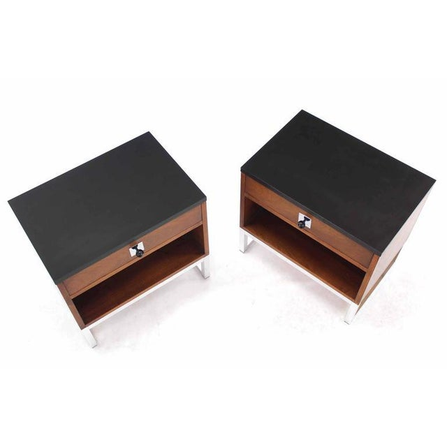 Mid-Century Modern Pair of Walnut & Chrome Nightstands For Sale - Image 3 of 9