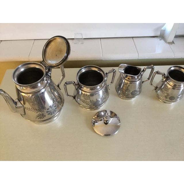 1940s Meriden B Company Silver Plated Tea Set For Sale - Image 5 of 6