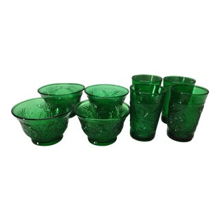 1930s Green Depression Era Sandwich Glass Oatmeal Cups and Juice Glasses - 8 Pieces For Sale
