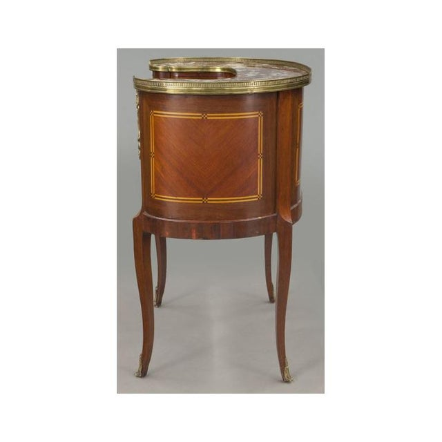 Metal Early 20th Century French Louis XV Mahogany Kidney Shaped Ladies Desk For Sale - Image 7 of 11