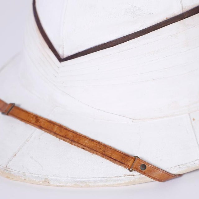 Early 20th Century Antique Pith Helmet in Tole Box For Sale - Image 5 of 9