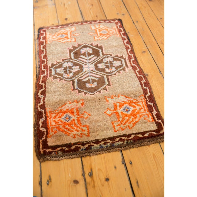 "Old New House Vintage Oushak Rug Mat - 1'7"" X 2'9"" For Sale - Image 4 of 7"