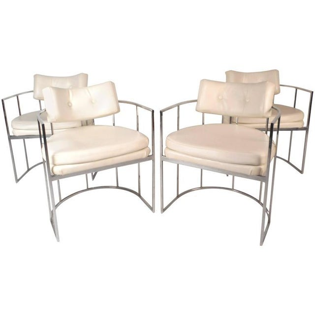 1970s Set of Mid-Century Modern Dining Chairs in the Style of Milo Baughman For Sale - Image 5 of 11