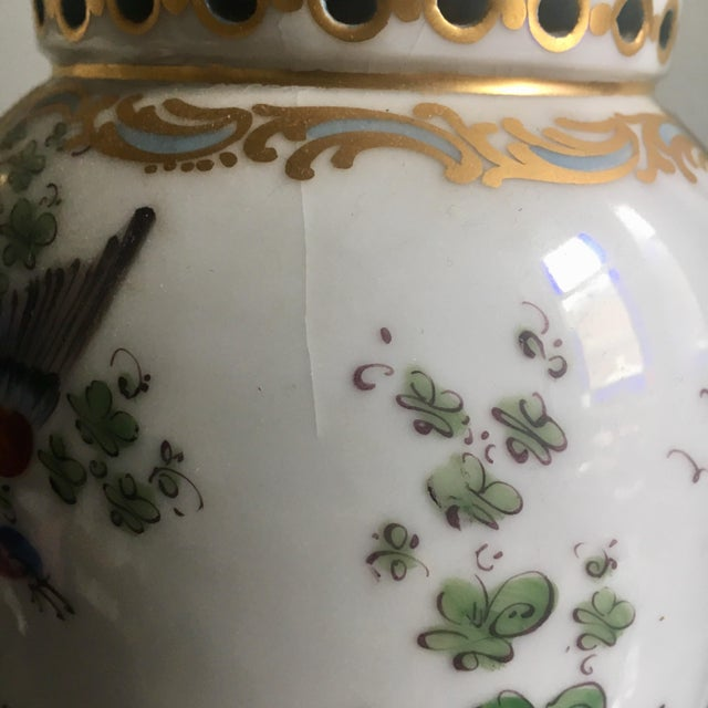 18th Century Chelsea Birds Porcelain Potpourri Urns - a Pair For Sale - Image 9 of 9