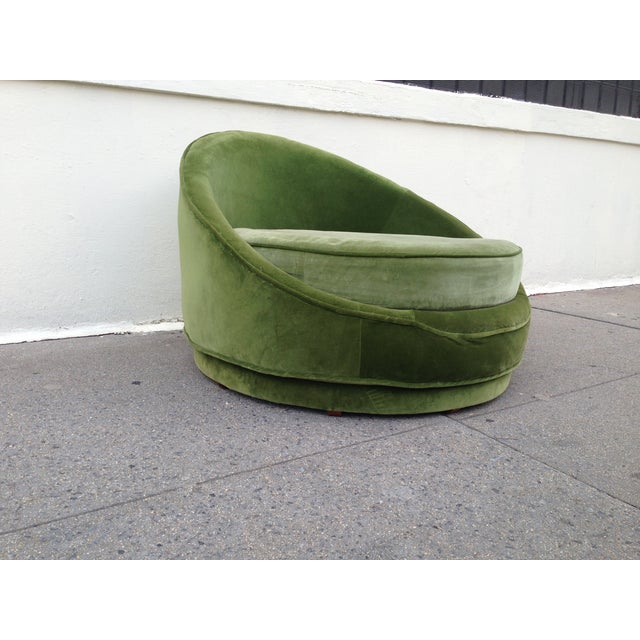 Milo Baughman Emerald Green Swivel Loveseat - Image 2 of 8