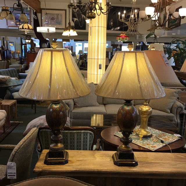 Kathy Ireland Table Lamps - A Pair - Image 2 of 8