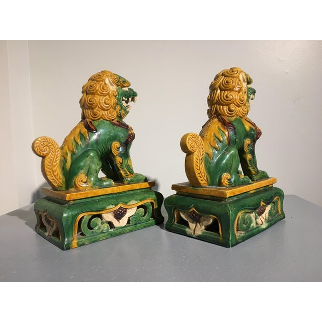 Asian 1920s Chinese Sancai Glazed Foo Lions - a Pair For Sale - Image 3 of 11