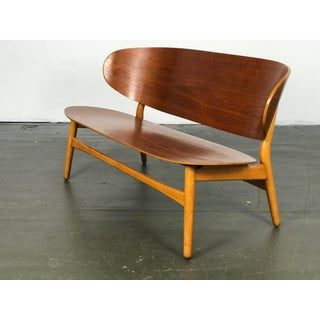 Shell Settee Bench by Hans Wegner for Fritz Hansen Preview