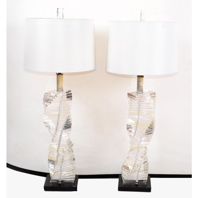 Mid-Century Modern Stacked Clear Lucite Lamps Spiral Staircase Design - a Pair For Sale - Image 12 of 13