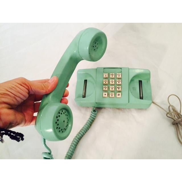 Light Teal 1975 GTE Starlite Push Button Phone - Image 3 of 6