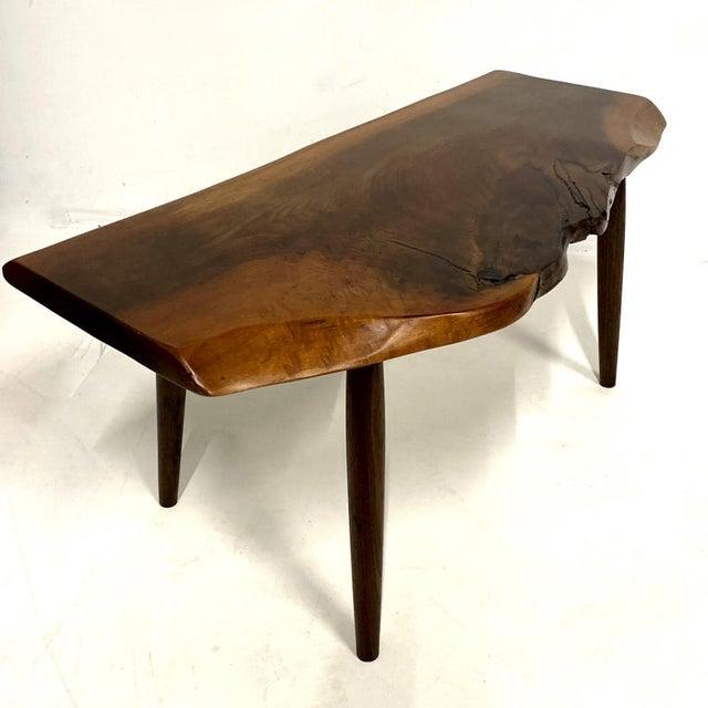 1960s Studio Craft Walnut Live Edge Roy Sheldon Tables Signed - Set of 3 For Sale - Image 5 of 13