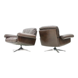 Pair of Swivel Leather Lounge Chairs Ds 31 by De Sede, 1970s For Sale
